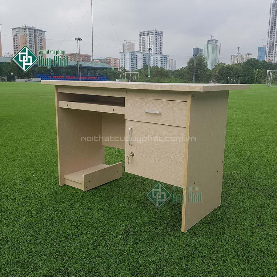 Thanh lý bàn nhân viên văn phòng 1.2mx0.6m có hộc kèm ngăn kéo (BCG600)