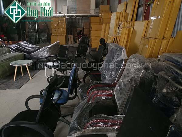 Giá cả thanh lý bàn ghế văn phòng tại Hà Nội của Duy Phát là vô cùng phải chăng