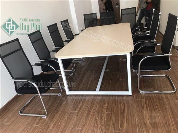 Địa chỉ mua bán - Thanh lý bàn ghế văn phòng Tây Hồ uy tín giá rẻ
