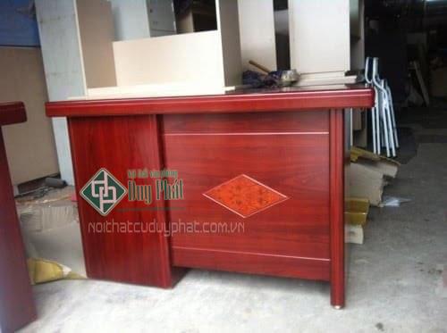 Dịch vụ sửa chữa bàn ghế văn phòng tại Duy Phát.