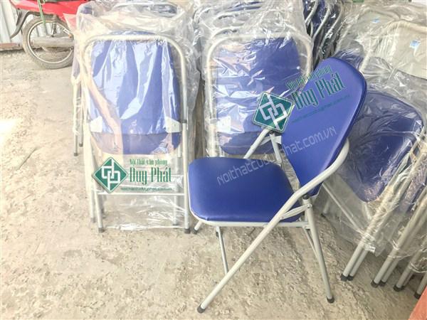 Ghế gập trường phát bền dẹp dễ sử dụng1