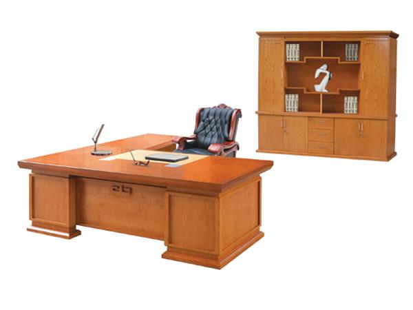 Một số mẫu bàn giám đốc mệnh thủy đẹp, hót nhất hiện nay
