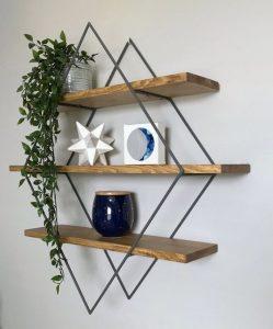 Kệ gỗ 3 tầng gắn tường hình thoi